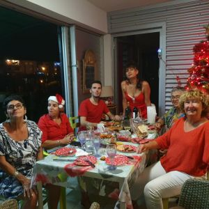De gauche à droite : Patricia, Fabienne C., Marceau, Aline, Lucile et Huguette